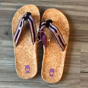 Owl cork sole flip flops SZ 9. NWOT